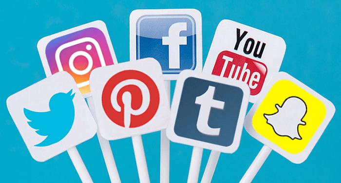 Social media cho phép các nội dung content được truyền tải thông qua những nền tảng mạng xã hội